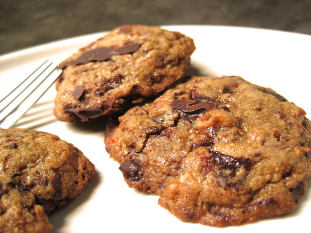 Bacon Bourbon Chocolate Chip Cookies | Want Dessert